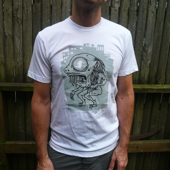 Graphic T shirt silkscreen printed (Chupa Cabra) Mens White - M