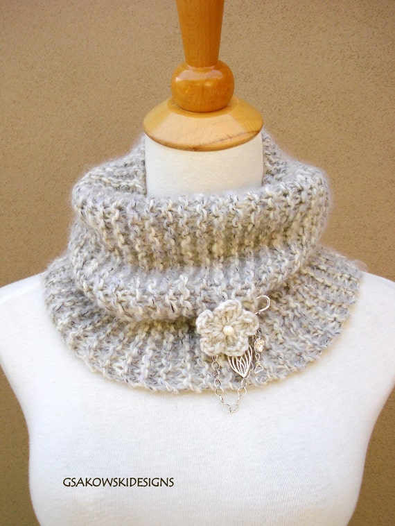 HOLIDAY SALE  Eve Cowl-Wheat