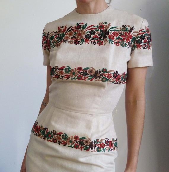 Vintage 60s NEUTRAL AUTUMN Wiggle Dress