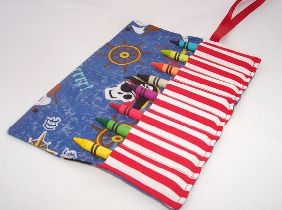 PIRATES Crayon Roll Up