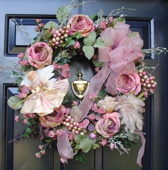 Wreath it on pinterest wreaths shell wreath and spring - Navidad shabby chic ...