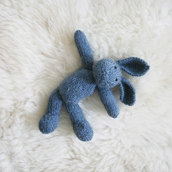 BUBBLES, eco-friendly knitted wool bunny