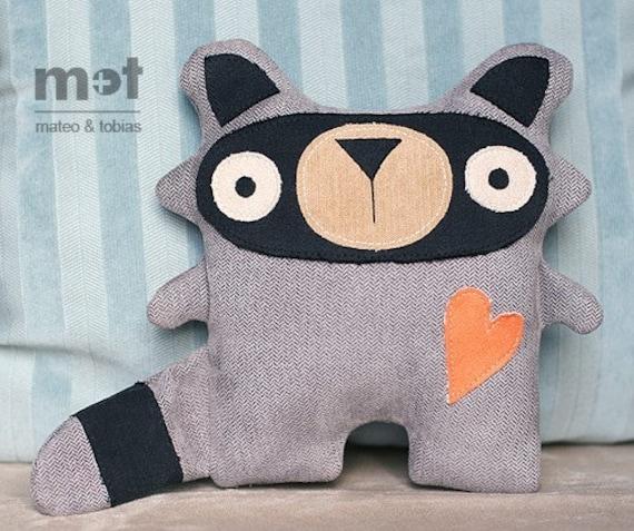 Sammy Raccoon - Woodland Critter Plush Toy
