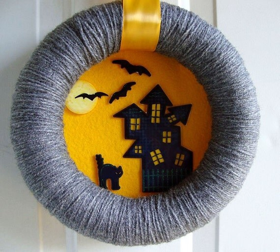 Halloween Yarn Wreath Spooky Night