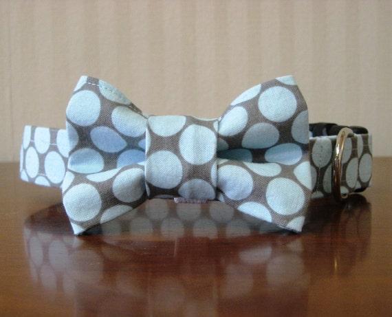 Rainy Days Bow Tie Custom Dog Collar (Bowtie)