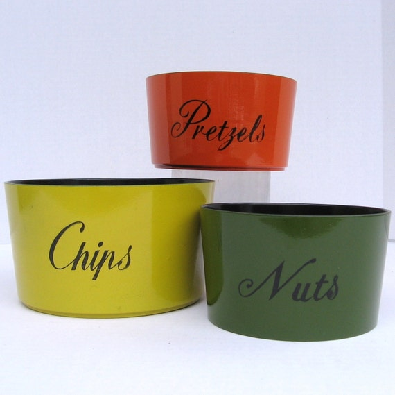Colorful Snack Bowls-- set of 3-- Japan Lacquerware
