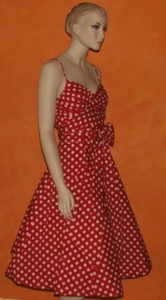 1950s Vintage Style Rockabilly Dress with attached TULLE Underskirt / Petticoat. RETRO / SWING / POLKA DOTS