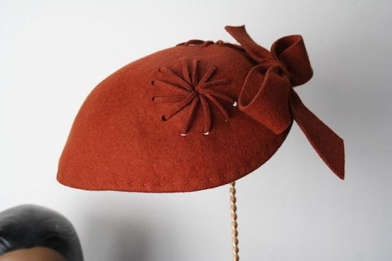 RESERVED.....Vintage Acorn Felt Bow Hat