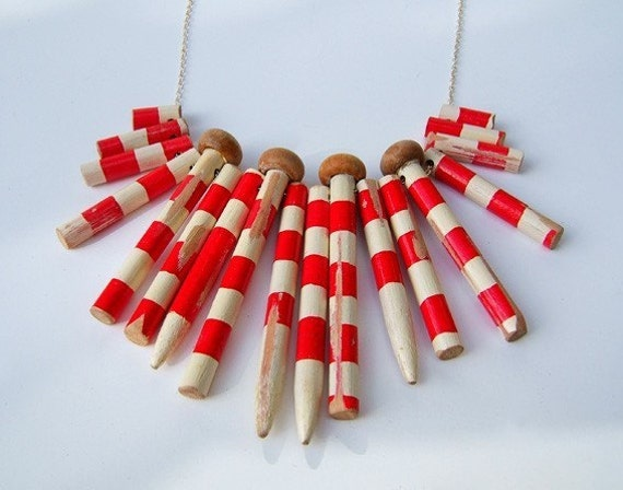 Red and white striped knitting needle necklace