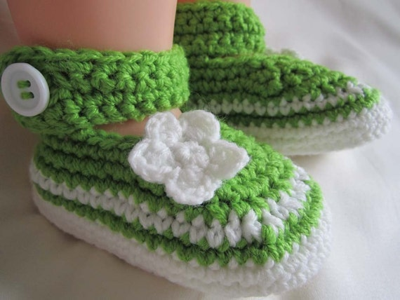 Pure Green White Baby Booties - 9-12 months