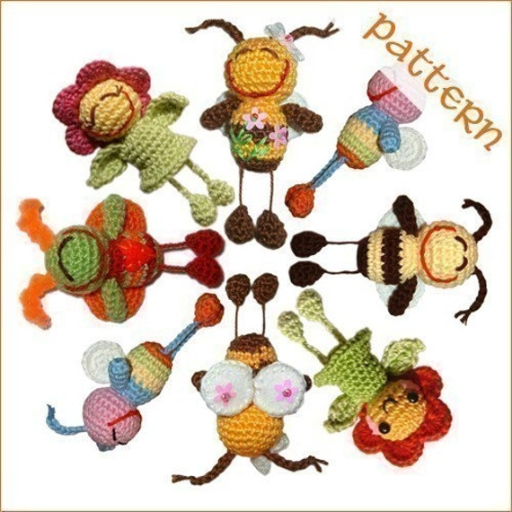 PDF Pattern - Smiling Bug and Flower
