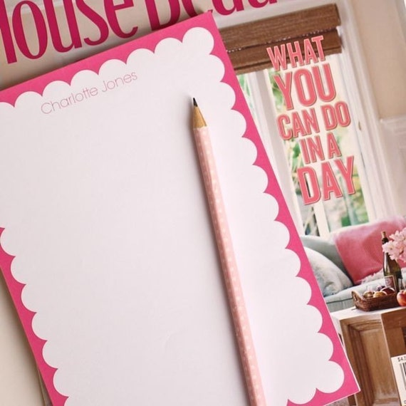 Scallop Edge Personalized Note Pad