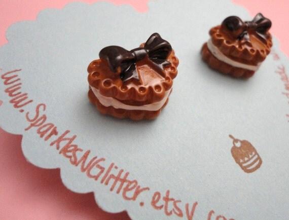 Heart-Shaped Chocolate Cake Earrings