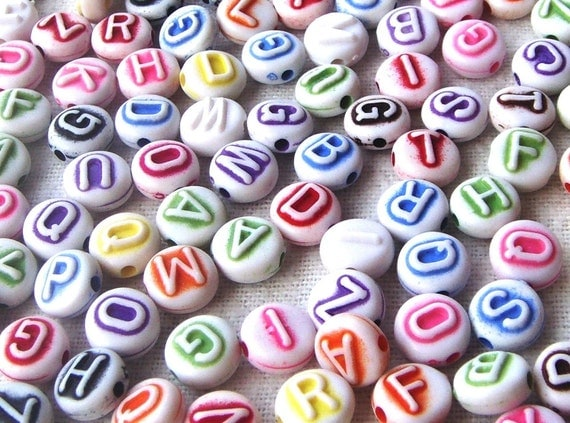 RAEWADOLLY 50pc Colorful Alphabet Beads