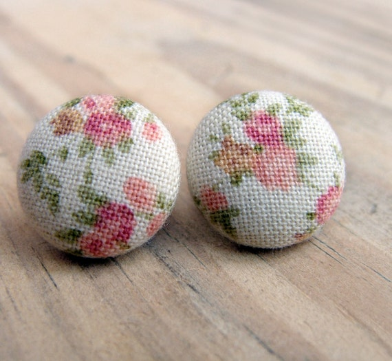 Sweet Small Flowers, Button Earrings