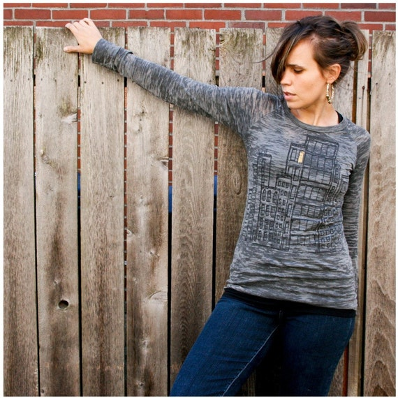 Don't Wait Up - women's medium - city print on burnout raglan in washed black