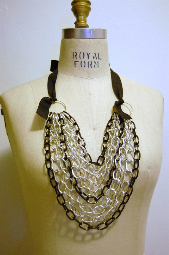 Layer Chain Ribbon Necklace