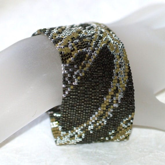 Fabric in Olive and Silver - Peyote Bracelet / Cuff (3302)
