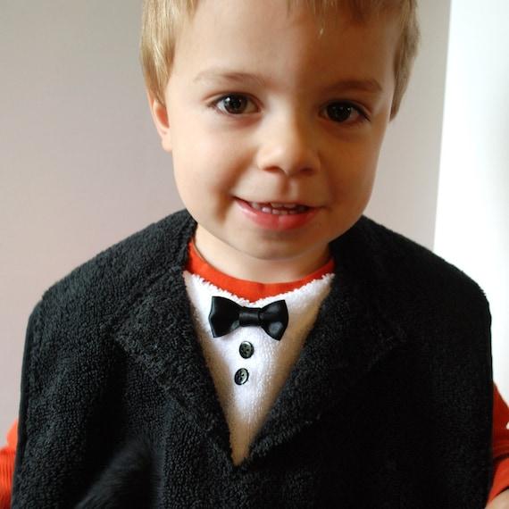 The Tiny Tuxedo and Suit Bib Tutorial