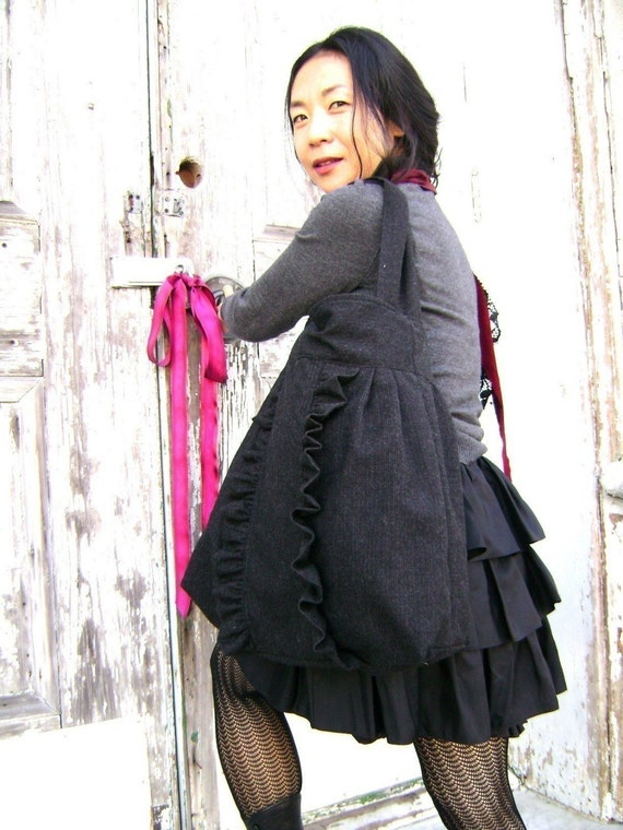French Market Bag ... charcoal black ruffle tote from down de bayou