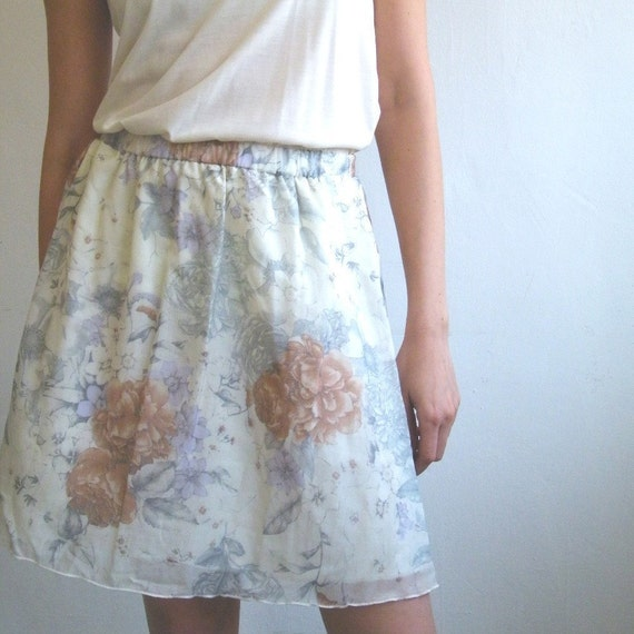 floral skirt, made of silk.