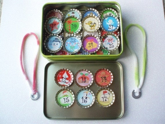 Christmas Advent Countdown Calendar Bottle Cap Pendants Set of 25 Magnets and Merry Christmas Tin PLUS 2 Nylon Chokers