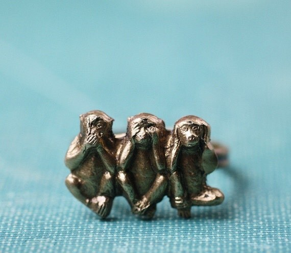 Sanzaru three wise monkey ring brass adjustable
