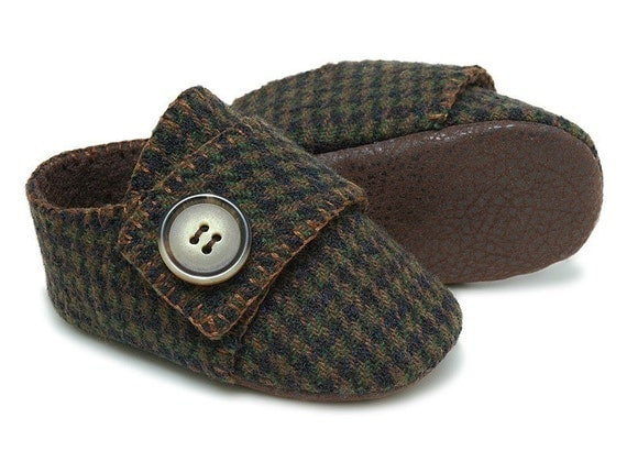 The Benjamin in houndstooth wool baby shoe/bootie/slipper