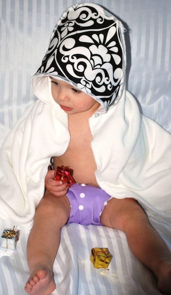 Fleur De Lis Bamboo Hooded Baby Towel