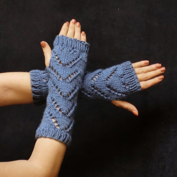 Blue Chevron Fingerless Gloves