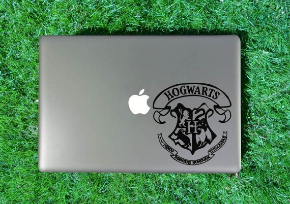 Hogwarts Crest Decal