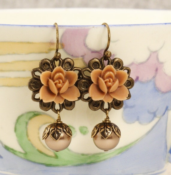 Free Shipping - Latte Flower Earrings