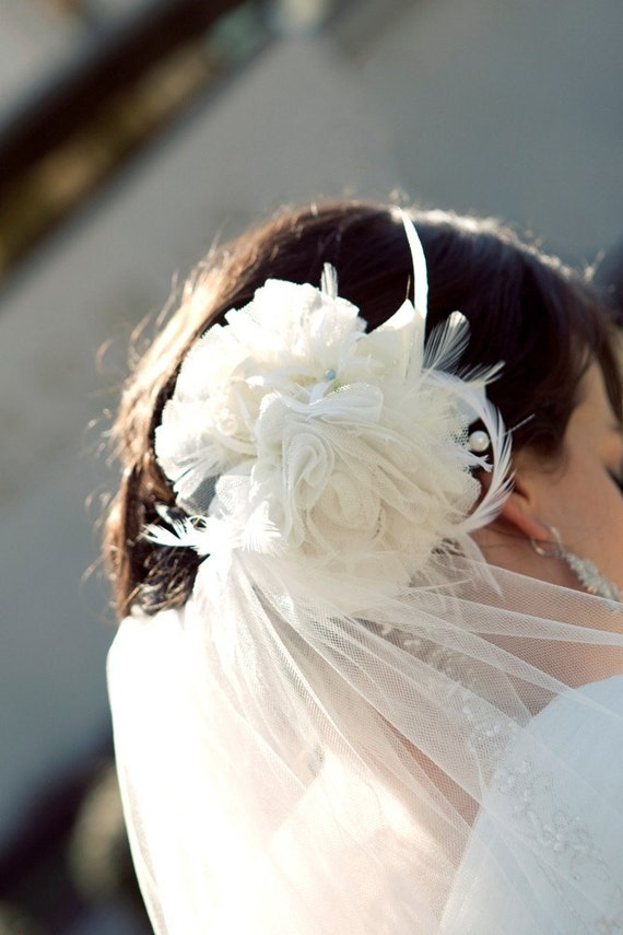 THE MARY FEATHER FASCINATOR -weddings, prom, brides, photoshots and props