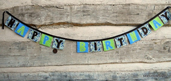 Birthday banner, 2d zoo Alexander Henry, handmade, one of a kind
