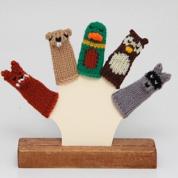 Woodland Creatures Finger Puppets  (Includes Fox, Beaver/Groundhog, Mallard Duck, Owl, and Raccoon.)  We can create custom orders of individual puppets or puppet sets.