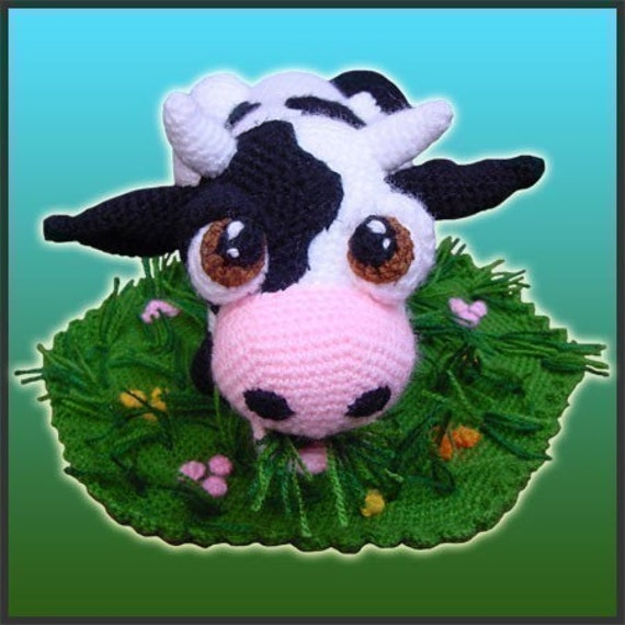 Aurora, The Cow - Amigurumi Pattern