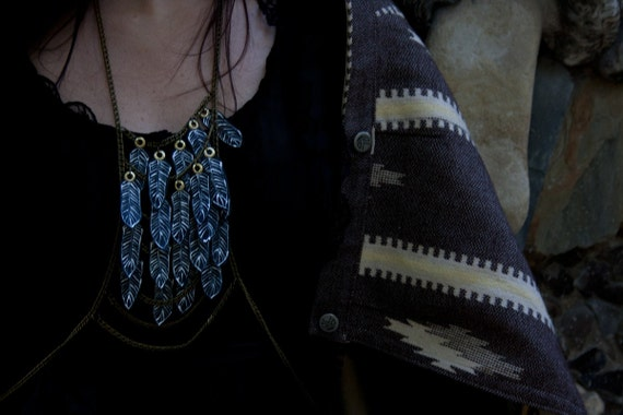Chulyen - Black feather amulet necklace