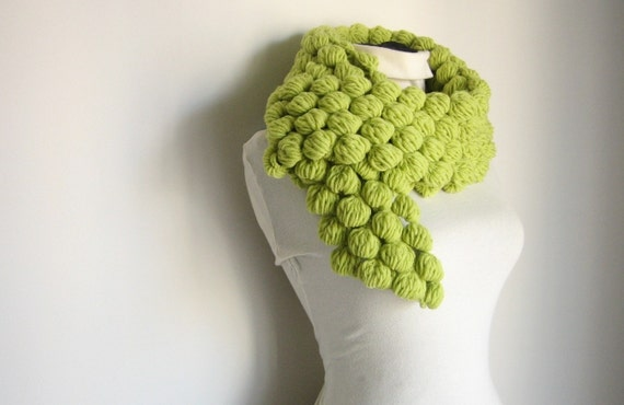 Multibubble Scarf---Apple