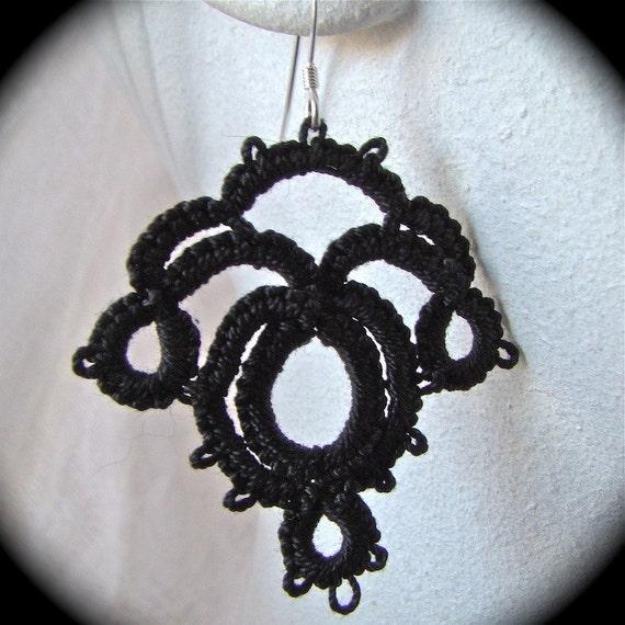 Art Nouveau - Tatted Lace Earrings in Black