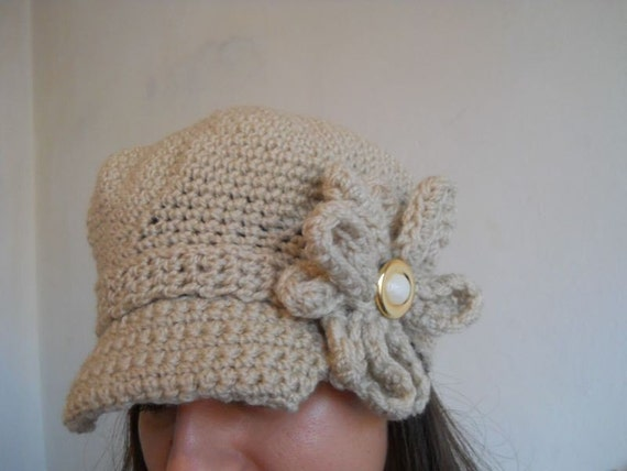 Newsboy Hat Sand with Flower