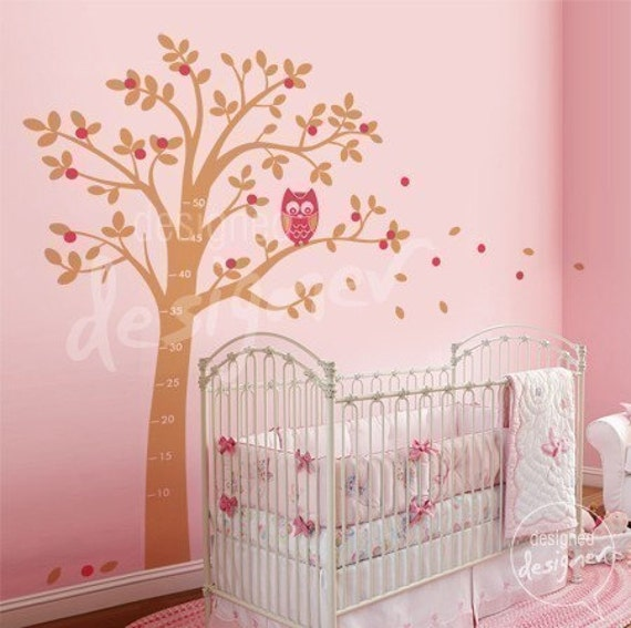 Vinyl Wall Decal Sticker Art- Hooting Owl on Woodland Tree - with free growth chart - dd1020