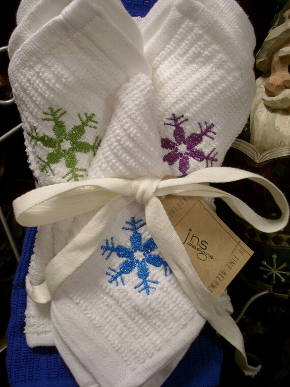 Let It Snow Kitchen Towel Set
