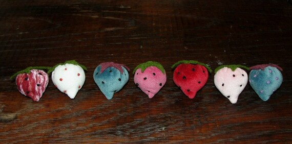 Vintage Style Handmade Velvet Strawberries.....Sampler set of 6