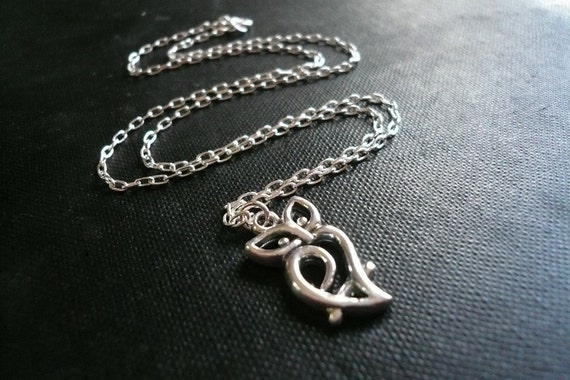 Wise Owl Necklace in Sterling Silver