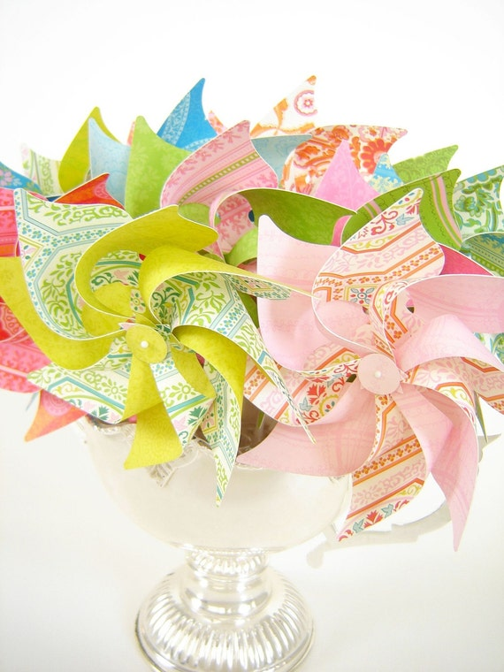 Isabelle 8-Petal Pinwheels - Set of 12 Small