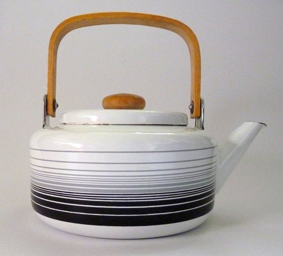 White Enamel Tea Pot Kettle