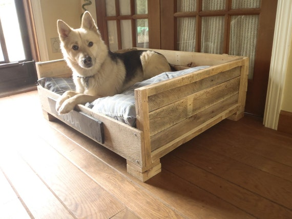 Free Ship - Reclaimed Pallet Wood Dog Bed - Custom Large
