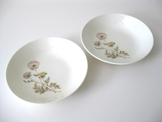 Set of 2 Steubenville Fruit Bowls, Dainty Lace Pattern