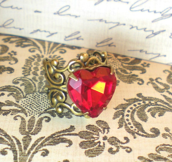 Queen of Hearts - Vintage Estate Rhinestone Cocktail Ring - Alice in Wonder Land Adjustable