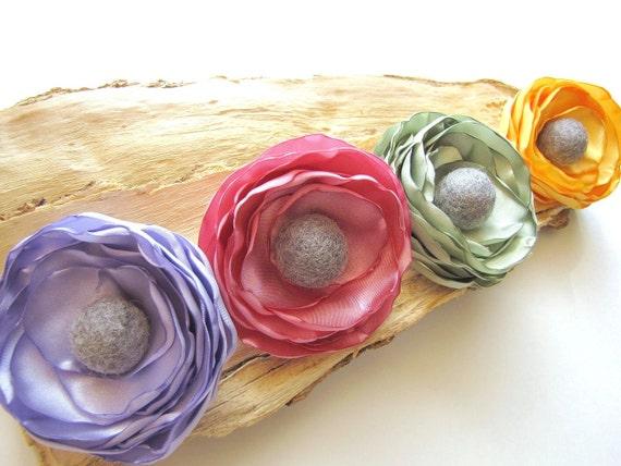Брошь ручной работы цветок ткани - ярко-желтый Сатин